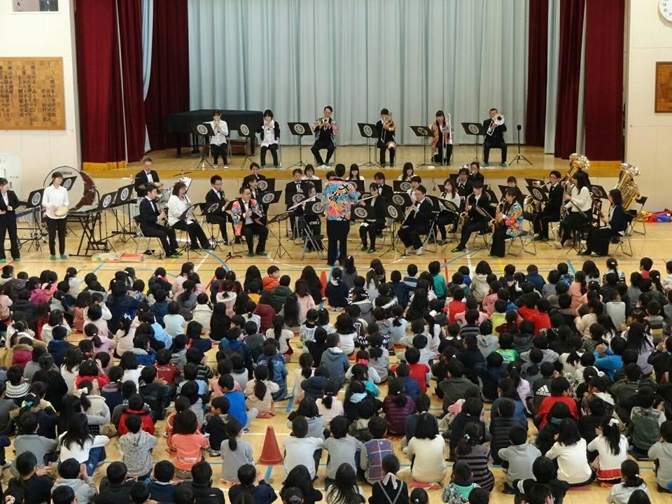 狭山市立入間川東小学校の音楽鑑賞会で演奏しました